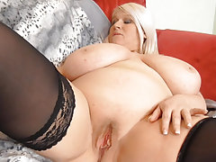Old mature in stockings masturbating her fat cunt